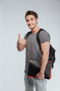 Carrying a laptop bag on Both shoulders